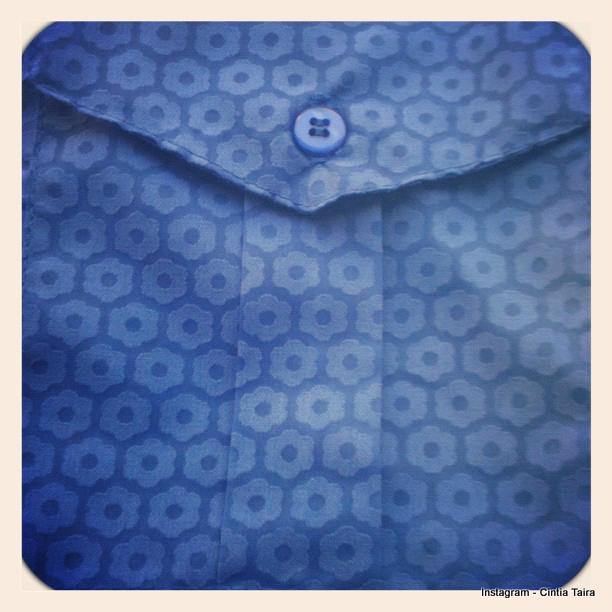 Taira-Camisaria-primavera-verão-2013-flor-azul